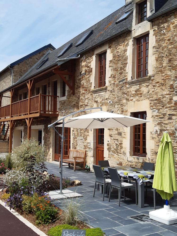 Gästezimmer Moulin du Locheur Calvados Normandie cour